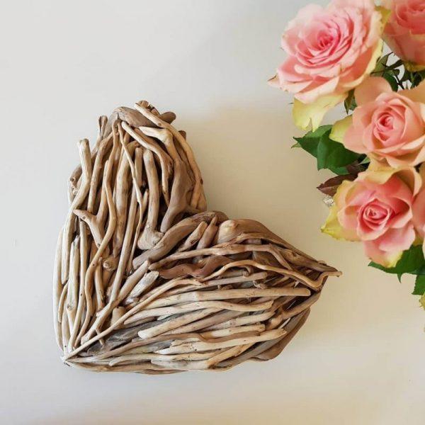 Driftwood-Heart-30cm